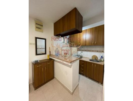 Apartment for sale in Herceg Novi, Igalo area.