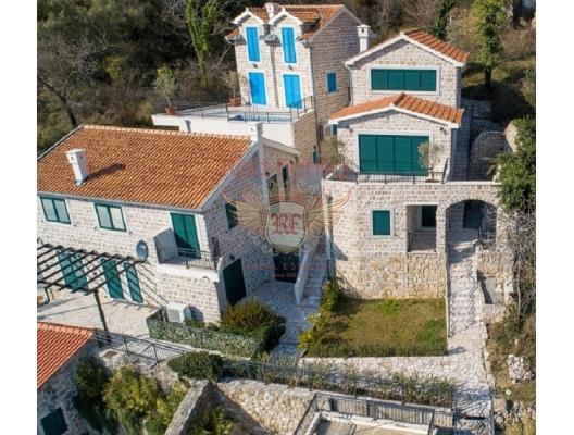 VIllas in complex Lucici SOLD, Montenegro real estate, property in Montenegro, Herceg Novi house sale