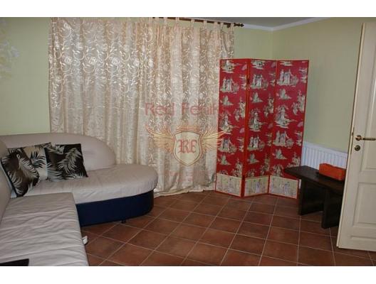 Igalo'da Villa, Karadağ da satılık havuzlu villa, Karadağ da satılık deniz manzaralı villa, Baosici satılık müstakil ev