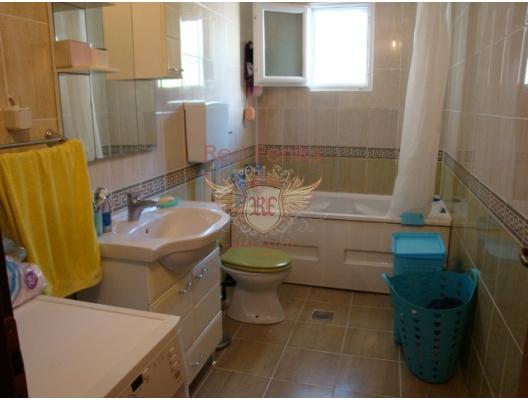 Herceg Novi ( Zelenika ) Konforlu Ev, Karadağ da satılık havuzlu villa, Karadağ da satılık deniz manzaralı villa, Baosici satılık müstakil ev
