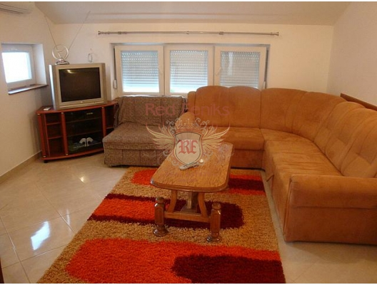 Flats for sale in Igalo, sea view apartment for sale in Montenegro, buy apartment in Baosici, house in Herceg Novi buy