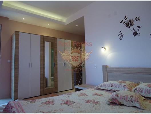 Herceg Novi'nin eski şehrinin sakin ve yeşil bir yerinde güzel bir ev, Herceg Novi satılık müstakil ev, Herceg Novi satılık müstakil ev