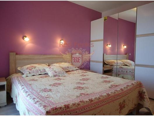 Herceg Novi'nin eski şehrinin sakin ve yeşil bir yerinde güzel bir ev, Baosici satılık müstakil ev, Baosici satılık müstakil ev, Herceg Novi satılık villa