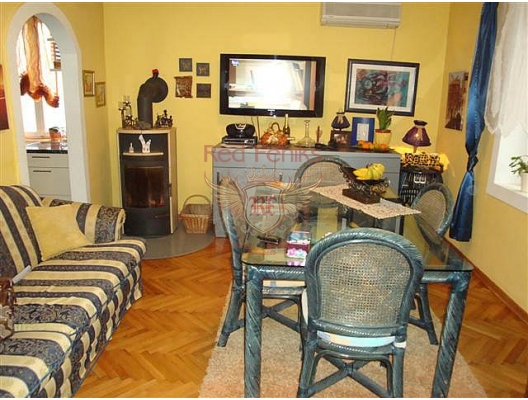 Kotor'da üç odalı daire, Karadağ satılık evler, Karadağ da satılık daire, Karadağ da satılık daireler