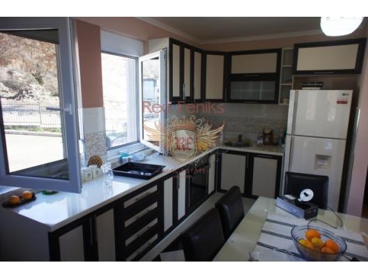 Dobra Voda'da Ev, Karadağ da satılık havuzlu villa, Karadağ da satılık deniz manzaralı villa, Bar satılık müstakil ev