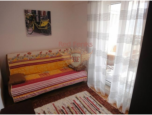 Kotor'da iki odalı bir daire, Kotor-Bay da ev fiyatları, Kotor-Bay satılık ev fiyatları, Kotor-Bay ev almak