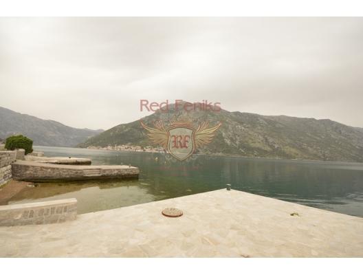 Stoliv'de Denizin İlk Sırasında Mülk, Tivat satılık arsa, Herceg Novi satılık arsa