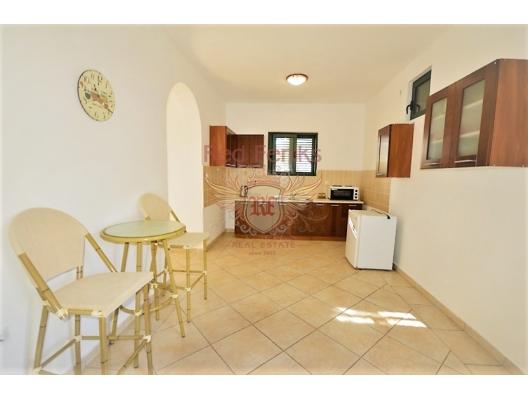 Djenovici'de deniz manzaralı ev, Karadağ Villa Fiyatları Karadağ da satılık ev, Montenegro da satılık ev, Karadağ satılık villa