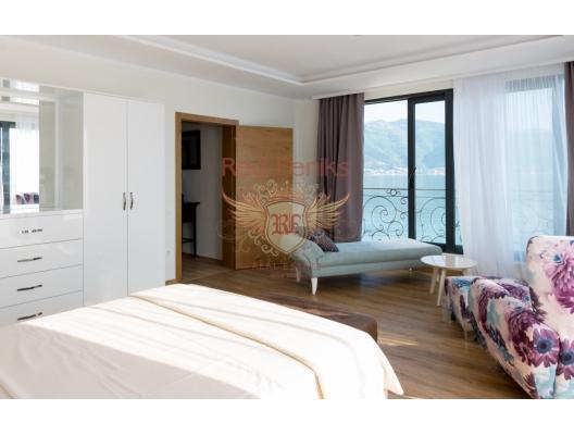 Neue Luxusvilla auf der Halbinsel Lustica, Haus in der Nähe des Meeres Montenegro, Haus Kaufen in Lustica Peninsula
