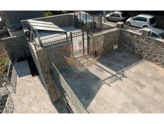 Neue Luxusvilla auf der Halbinsel Lustica, Lustica Peninsula Hausverkauf, Krasici Haus kaufen, Haus in Montenegro kaufen