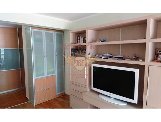 Petrovac'ta Tek Yatak Odalı Daire 1+1, Karadağ da satılık ev, Montenegro da satılık ev, Karadağ da satılık emlak