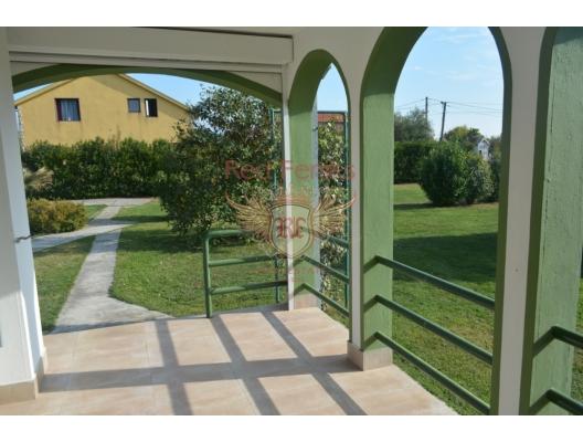 Podgorica'da büyük arsa ile iyi ev, Central region satılık müstakil ev, Central region satılık müstakil ev