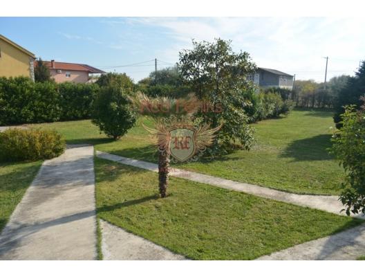 Podgorica'da büyük arsa ile iyi ev, Cetinje satılık müstakil ev, Cetinje satılık müstakil ev, Central region satılık villa