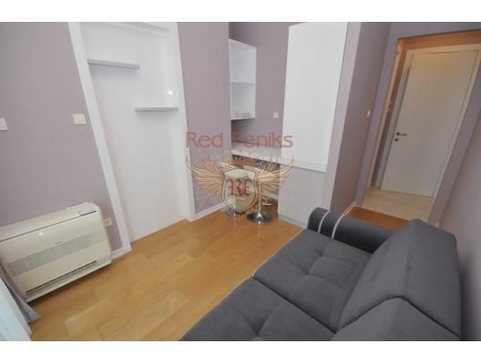 Budva'nın ön cephesinde üç yatak odalı daire 3+1, karadağ da kira getirisi yüksek satılık evler, avrupa'da satılık otel odası, otel odası Avrupa'da
