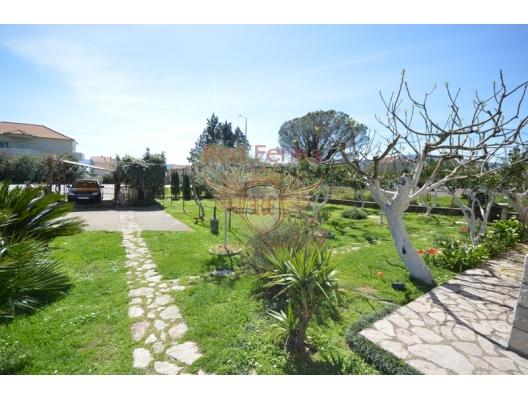 Very nice house with apartments place Bijela, Baosici satılık müstakil ev, Baosici satılık müstakil ev, Herceg Novi satılık villa