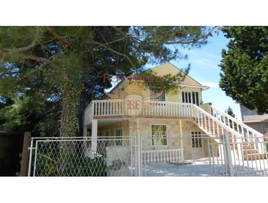 Nice villa in Zeleni Pojas, buy home in Montenegro, buy villa in Region Bar and Ulcinj, villa near the sea Bar
