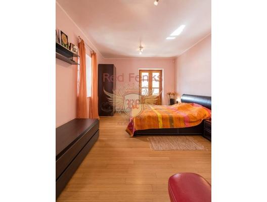 Kotor Koyu'nun Muhteşem Manzarasına Sahip Risan'da Villa, Karadağ satılık ev, Karadağ satılık müstakil ev, Karadağ Ev Fiyatları