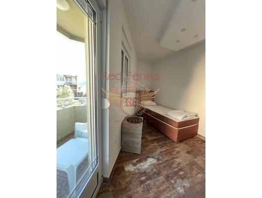 Spacious 2 bedroom Apartment in Herceg Novi, apartments for rent in Baosici buy, apartments for sale in Montenegro, flats in Montenegro sale