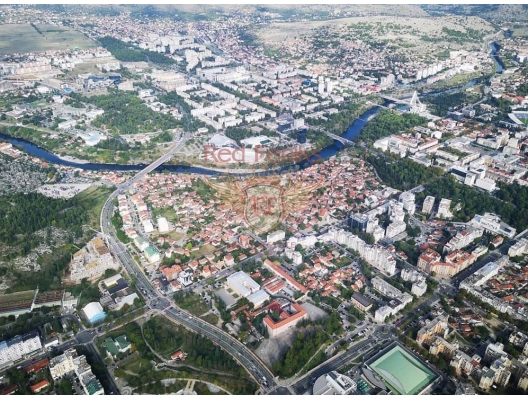 Podgorica'da 434m2 satılık çok güzel arsa.