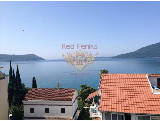 Three bedroom apartment for sale in Herceg Novi, Montenegro.