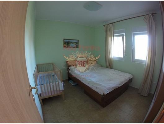 Baosici tatil köyünde Daire, Dobrota dan ev almak, Kotor-Bay da satılık ev, Kotor-Bay da satılık emlak