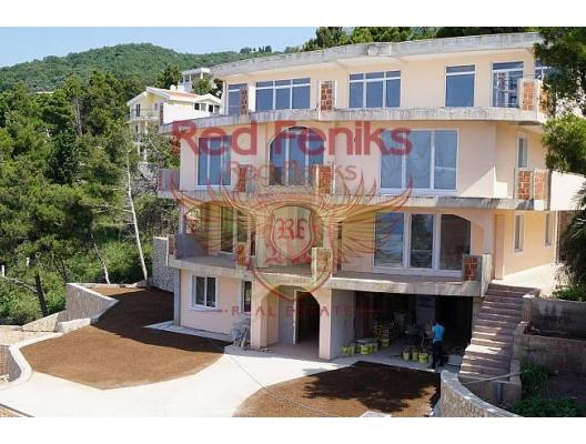 Zeleni pojas, Bar'da havuzlu ve deniz manzaralı şehir evi, Karadağ satılık ev, Karadağ satılık müstakil ev, Karadağ Ev Fiyatları