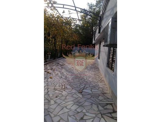 Güneşli güzel ev, Dobrota satılık müstakil ev, Dobrota satılık müstakil ev, Kotor-Bay satılık villa