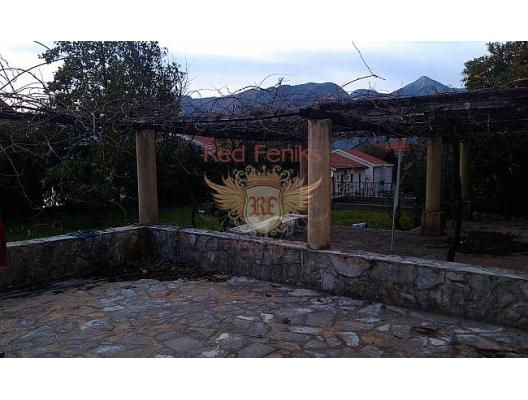 House in Dobrota at the first coast line, buy home in Montenegro, buy villa in Kotor-Bay, villa near the sea Dobrota