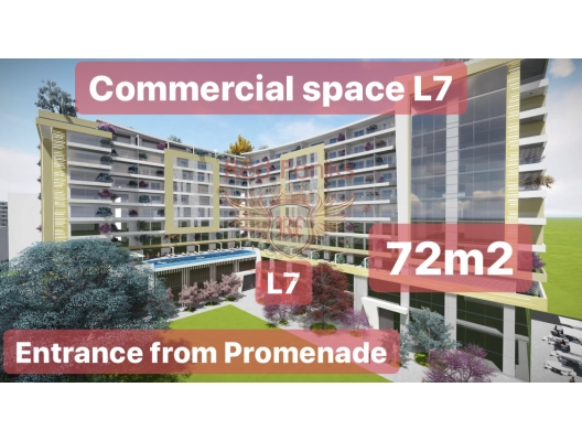 Ticari alan L7, 72,34 m2, zemin katta, alışveriş merkezinin tam kalbinde, yürüyen merdivenlerin solunda yer alan 22m2 + 50m2'lik iki bölümden oluşmaktadır.