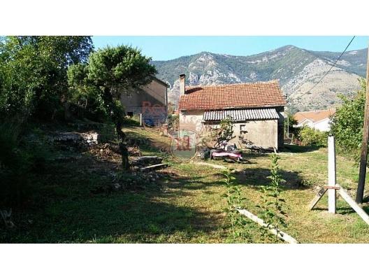 Dobrota'da güzel ev, Karadağ satılık ev, Karadağ satılık müstakil ev, Karadağ Ev Fiyatları