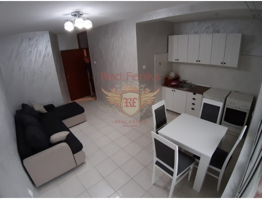 Apartment 45 sqm located at the ground floor of old building in Petrovac.