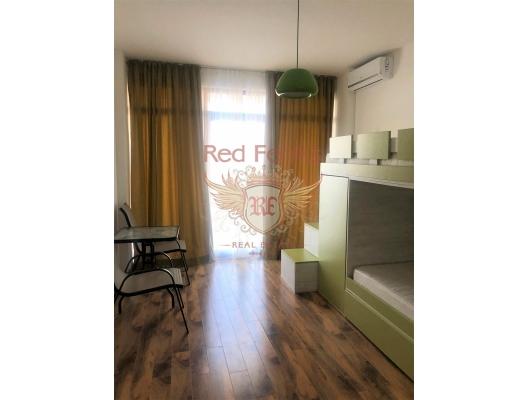 Bir havuz ve Utjeha, Bar 4 yatak odası ile güzel bir ev, Karadağ satılık ev, Karadağ satılık müstakil ev, Karadağ Ev Fiyatları