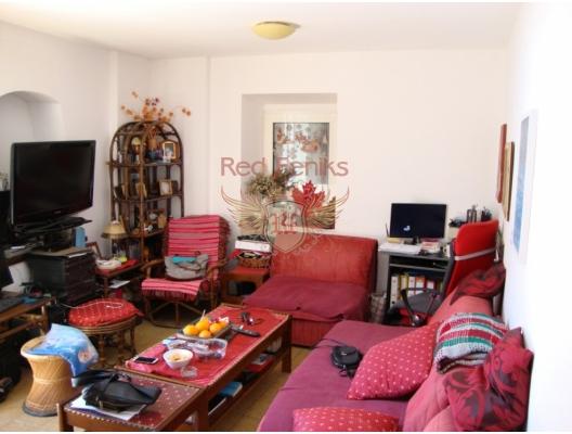Budva'nın eski şehrinde Apartman Dairesi, Becici da satılık evler, Becici satılık daire, Becici satılık daireler