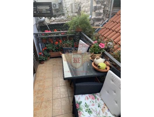 Kotor Eski Kenti'nde üç yatak odalı dubleks, Montenegro da satılık emlak, Dobrota da satılık ev, Dobrota da satılık emlak