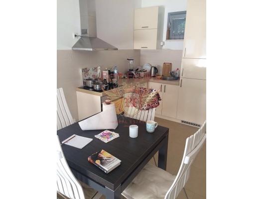 Djenovici'de bahçe ile daire, Kotor-Bay da ev fiyatları, Kotor-Bay satılık ev fiyatları, Kotor-Bay ev almak