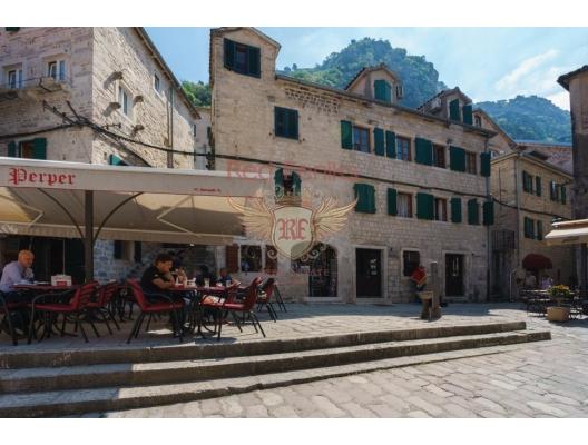 Commercial Space in the Old Town of Kotor, karadağ da satılık cafe, montenegro satılık lokanta, Karadağ da satılık lokanta