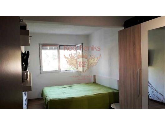Spacious Apartment In the Сenter of Tivat, becici satılık daire, Karadağ da ev fiyatları, Karadağ da ev almak