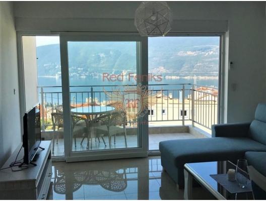 2+1 daire Herceg Novi Karadağ'da yer almaktadır .