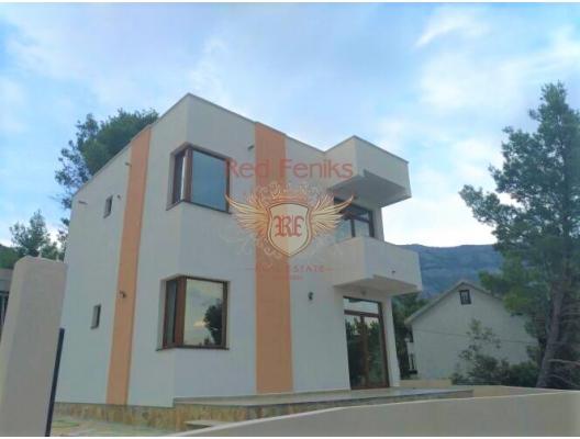 Sutomore'de 200 m2 arsa üzerinde 135 m2 yeni ev, Bar Rivierası, denizden ve plaja düz yoldan 400 metre.
