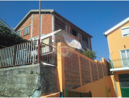 Bijela da Aile Evi, Karadağ da satılık havuzlu villa, Karadağ da satılık deniz manzaralı villa, Baosici satılık müstakil ev