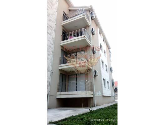 Geniş daire - Dobrota'daki Sağlıık Merkezi'nden 200 metre, denizden 40 metre uzaklıktadır.