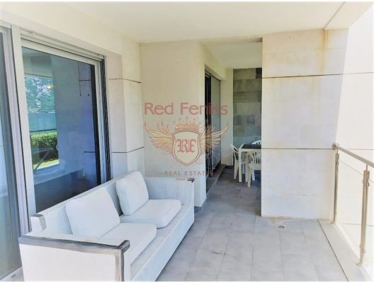 Three bedroom apartment with sea views in the Bay of Kotor, apartments in Montenegro, apartments with high rental potential in Montenegro buy, apartments in Montenegro buy