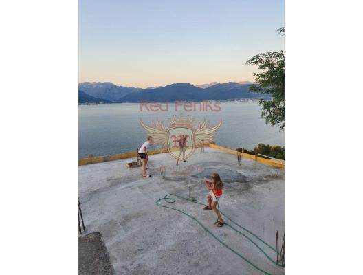 Lustica panoramik iki katlı ev, Karadağ da satılık havuzlu villa, Karadağ da satılık deniz manzaralı villa, Krasici satılık müstakil ev