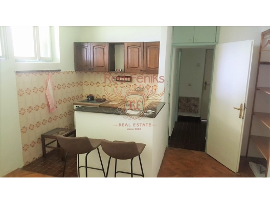 One bedroom Apartment in the Center of Herceg Novi, Baosici dan ev almak, Herceg Novi da satılık ev, Herceg Novi da satılık emlak