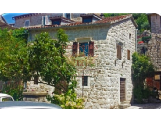 House in Perast on the First Line, Montenegro real estate, property in Montenegro, Kotor-Bay house sale