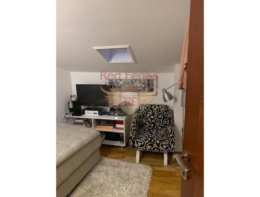 Kotor Eski Kenti'nde üç yatak odalı dubleks, Dobrota da satılık evler, Dobrota satılık daire, Dobrota satılık daireler