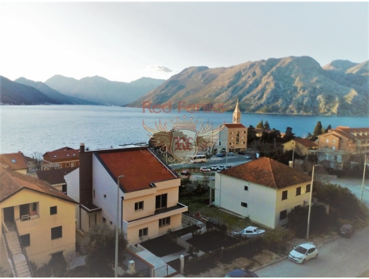 Two bedroom apartment with a sea view in Dobrota, apartments in Montenegro, apartments with high rental potential in Montenegro buy, apartments in Montenegro buy