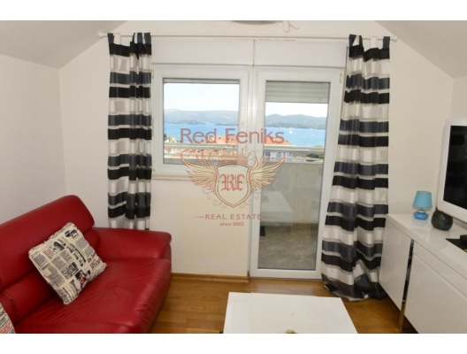 Tivat'ın tam merkezinde, bir yatak odalı 40 metrekarelik rahat bir daire bulunmaktadır.