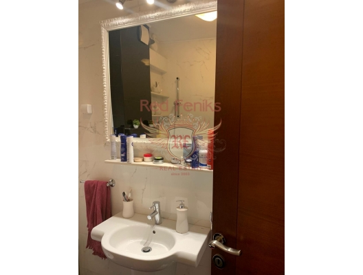 Kotor Eski Kenti'nde üç yatak odalı dubleks, Kotor-Bay da ev fiyatları, Kotor-Bay satılık ev fiyatları, Kotor-Bay ev almak