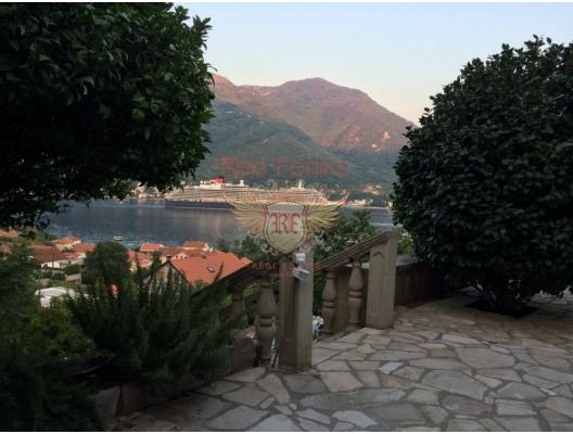 Stone house in Kotor Bay, buy home in Montenegro, buy villa in Herceg Novi, villa near the sea Baosici